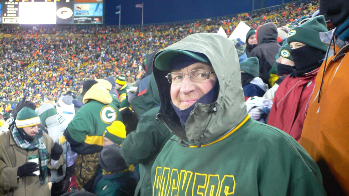 <div class='photo-info'><span class='counter'>3 of 5</span>Posted Jul 26, 2010</div><div class='photo-title'>3rd Member of my family at a Lambeau Championship Game</div><div class='photo-body'>My Grandpa and Grandma were at the Ice Bowl and my uncle and I went to the second one in lambeau NFC: New York Giants 23, Green Bay Packers 20 (OT) at Lambeau Field, Green Bay, Wisconsin Sunday, January 20, 2008     * Game time: 6:30 p.m. EST/5:30 p.m. CST     * Game weather: −1 °F (−18.3 °C), clear     * Game attendance: 72,740</div>