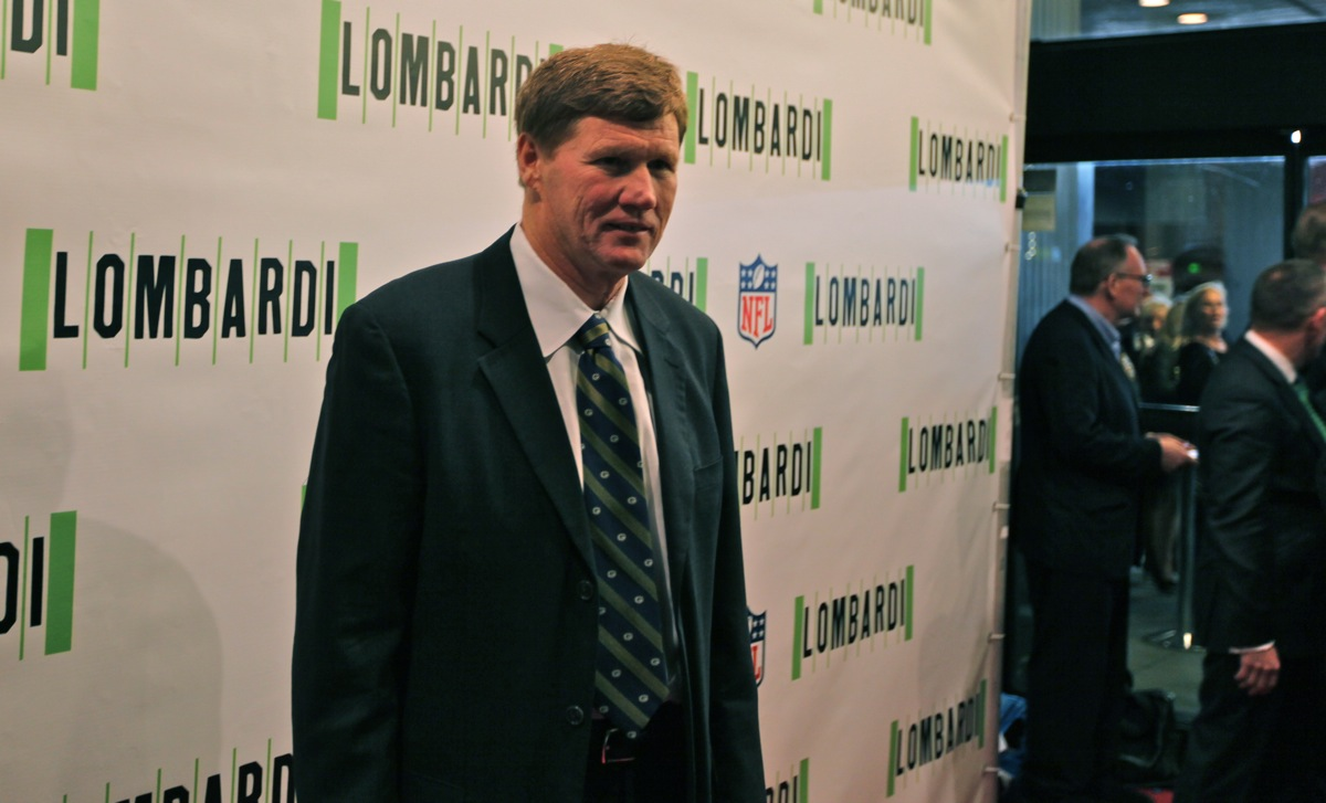 <div class='photo-info'><span class='counter'>11 of 18</span>Posted Oct 25, 2010</div><div class='photo-title'>President Mark Murphy</div><div class='photo-body'>Packer President Mark Murphy on opening Night of LOMBARDI a new American Play on Broadway</div>
