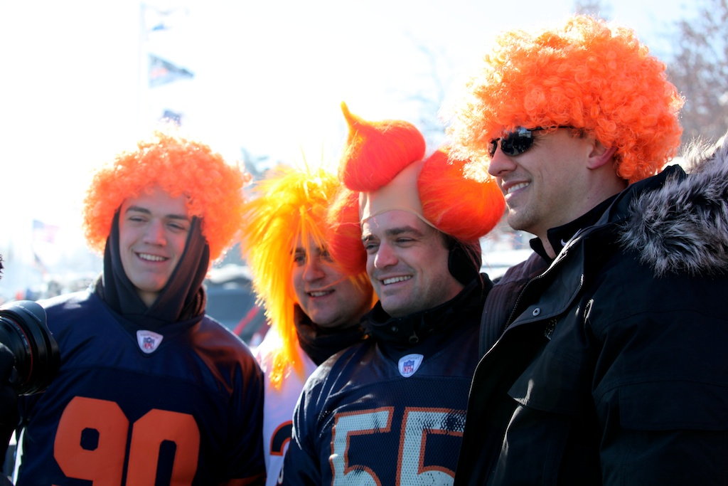 <div class='photo-info'><span class='counter'>27 of 49</span>Posted Jan 25, 2011</div><div class='photo-title'>Not sure what to make of these #bears fans before the game</div><div class='photo-body'>http://twitpic.com/3svpdd</div>