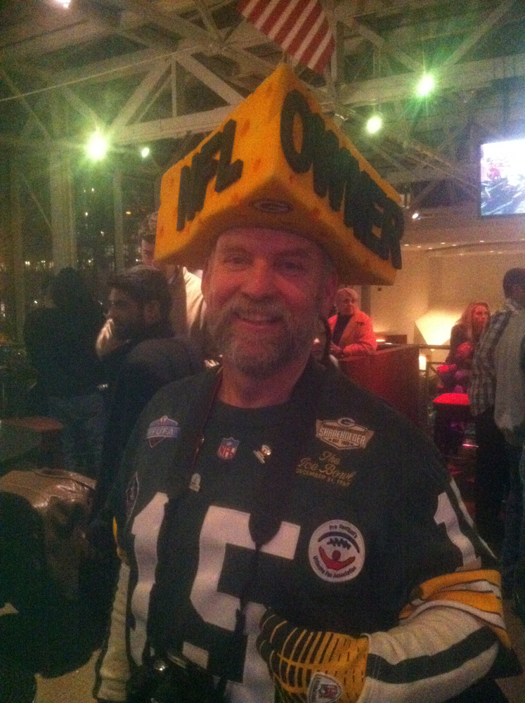 <div class='photo-info'><span class='counter'>37 of 49</span>Posted Jan 25, 2011</div><div class='photo-title'>Steve Tate Packer Pep Rally</div><div class='photo-body'>The famous #Packer Shareholder Steve Tate</div>