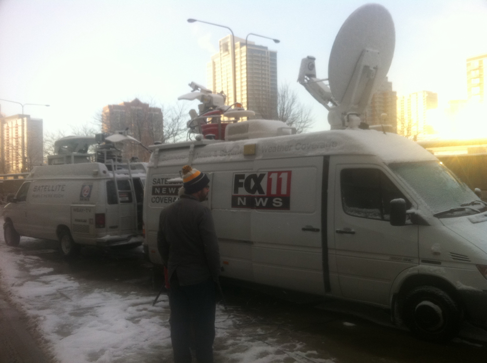 <div class='photo-info'><span class='counter'>44 of 49</span>Posted Jan 25, 2011</div><div class='photo-title'>Aaron Nagler waits outside Soldier Field</div><div class='photo-body'>Minutes before WLUK's LIVE Interview</div>