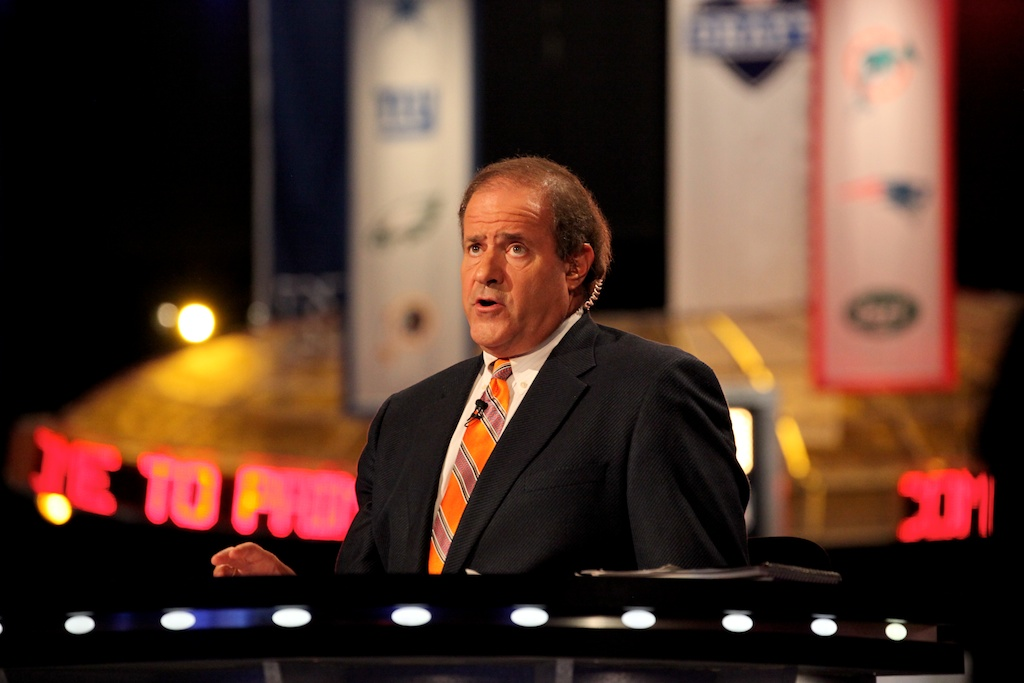 <div class='photo-info'><span class='counter'>19 of 50</span>Posted Apr 29, 2011</div><div class='photo-title'>Chris Berman</div><div class='photo-body'>ESPN's Chris Berman at the 2011 NFL Draft at Radio City Music Hall on April 28, 2011 in New York, NY</div>