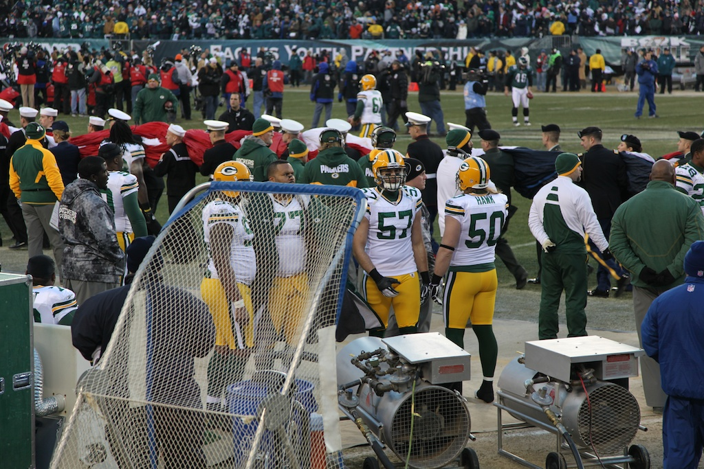 <div class='photo-info'><span class='counter'>1 of 24</span>Posted Jan 17, 2011</div><div class='photo-title'>Packer sideline pre-game</div><div class='photo-body'>An interception in the end zone by CB Tramon Williams with 33 seconds left sealed a thrilling 21-16 victory over Philadelphia in an NFC Wild Card playoff game in front of 69,144 at Lincoln Financial Field.</div>