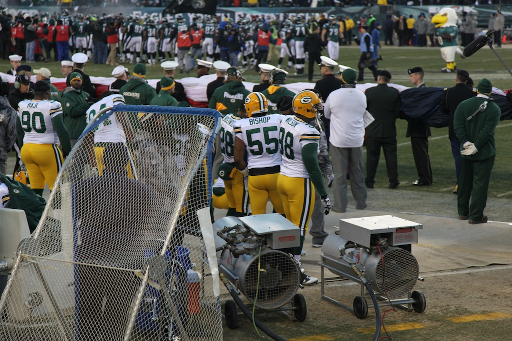 <div class='photo-info'><span class='counter'>10 of 24</span>Posted Jan 17, 2011</div><div class='photo-title'>Packers Sideline before National Anthem</div><div class='photo-body'>An interception in the end zone by CB Tramon Williams with 33 seconds left sealed a thrilling 21-16 victory over Philadelphia in an NFC Wild Card playoff game in front of 69,144 at Lincoln Financial Field.</div>