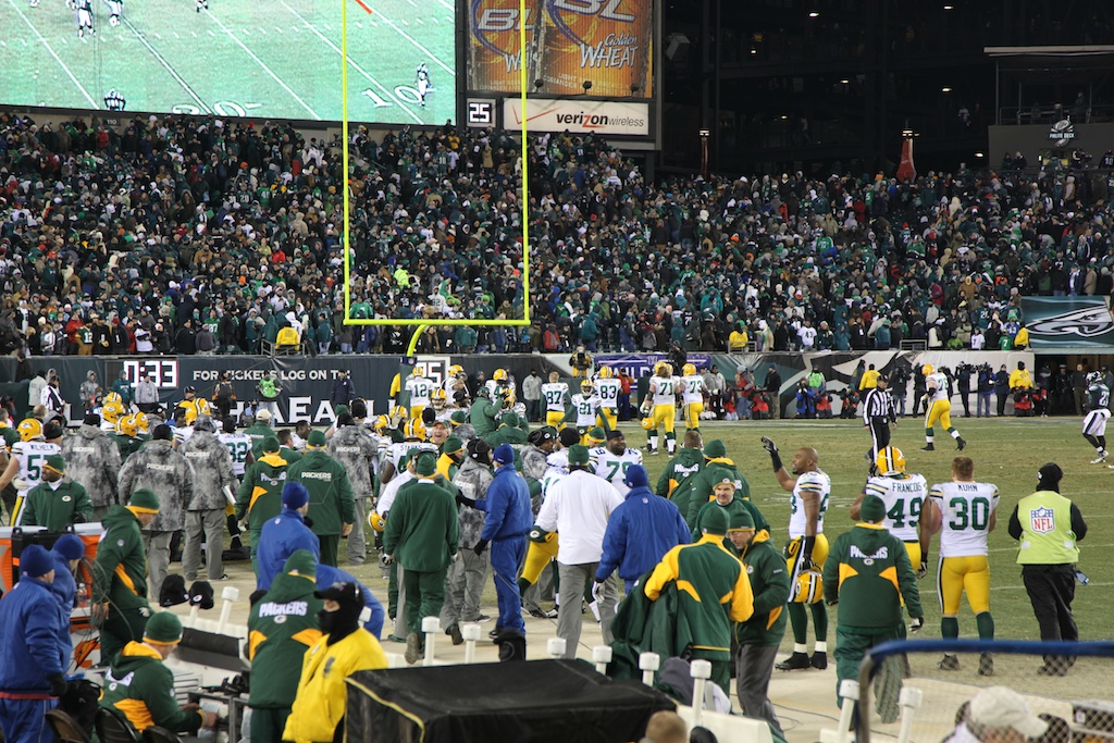 <div class='photo-info'><span class='counter'>21 of 24</span>Posted Jan 17, 2011</div><div class='photo-title'>Team celebrates Tramons Interception of Michael Vick</div><div class='photo-body'>An interception in the end zone by CB Tramon Williams with 33 seconds left sealed a thrilling 21-16 victory over Philadelphia in an NFC Wild Card playoff game in front of 69,144 at Lincoln Financial Field.</div>
