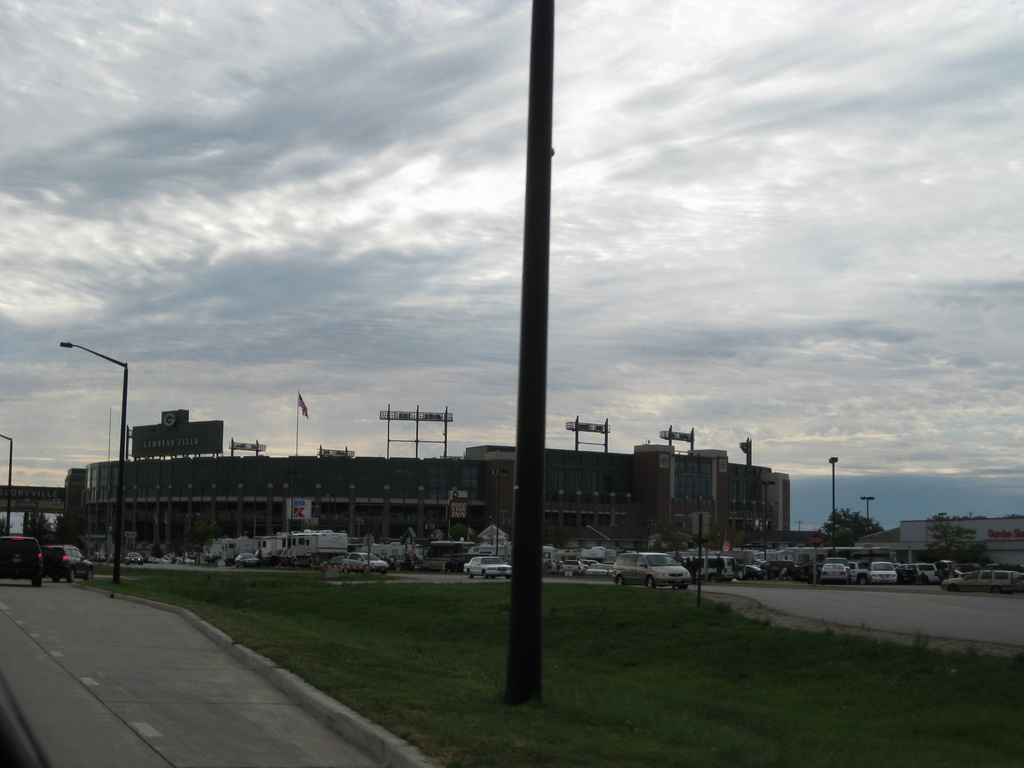 <div class='photo-info'><span class='counter'>70 of 71</span>Posted Sep 20, 2010</div><div class='photo-title'>Lambeau Field</div><div class='photo-body'>Yup, there it is. We drove around the block to get the full effect.</div>