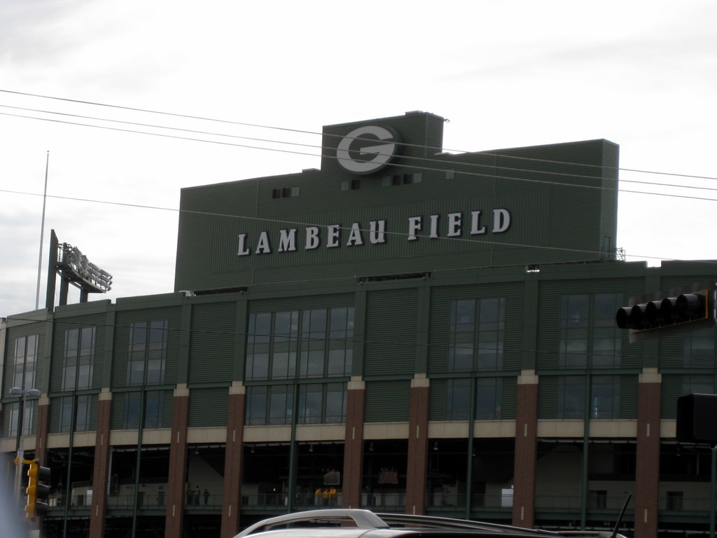 <div class='photo-info'><span class='counter'>67 of 71</span>Posted Sep 20, 2010</div><div class='photo-title'>Lambeau Field 3</div><div class='photo-body'>Pretty impressive.</div>
