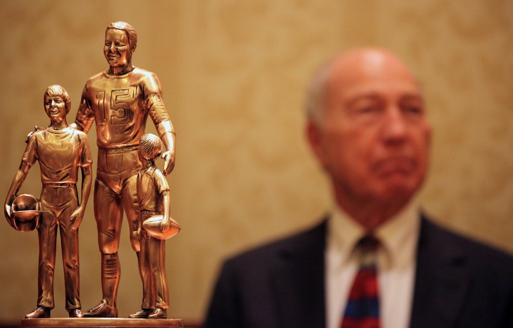 Bart Starr Award with Bart Starr in background