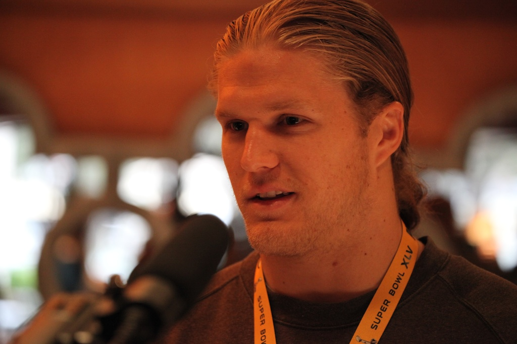 <div class='photo-info'><span class='counter'>3 of 42</span>Posted Feb 03, 2011</div><div class='photo-title'>Clay Matthews</div><div class='photo-body'>Super Bowl Day 4 with the Green Bay Packers. Thursday Feb 3rd 2011</div>