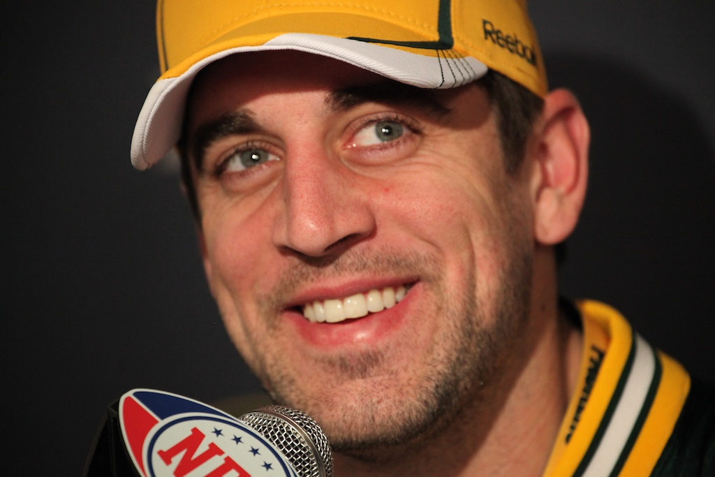<div class='photo-info'><span class='counter'>34 of 42</span>Posted Feb 03, 2011</div><div class='photo-title'>Aaron Rodgers smiles</div><div class='photo-body'>Super Bowl Day 4 with the Green Bay Packers. Thursday Feb 3rd 2011</div>