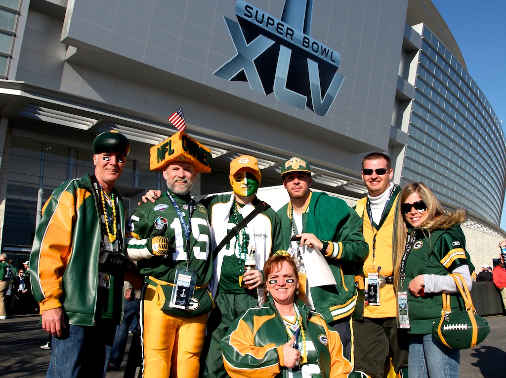 Steve Tate, Corey Behnke, @Mat_Trix, Jedi Packer & Fellow Packer Fans
