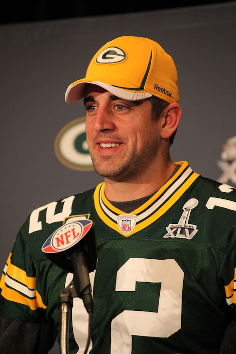 <div class='photo-info'><span class='counter'>38 of 55</span>Posted Feb 02, 2011</div><div class='photo-title'>Aaron Rodgers</div><div class='photo-body'>Superbowl Day 3 with the Green Bay Packers. Wednesday Feb 2nd 2011</div>