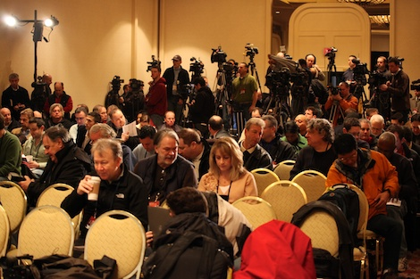 <div class='photo-info'><span class='counter'>41 of 55</span>Posted Feb 02, 2011</div><div class='photo-title'>The Media Throng before Mike McCarthy&#039;s press conference</div><div class='photo-body'>Superbowl Day 3 with the Green Bay Packers. Wednesday Feb 2nd 2011</div>