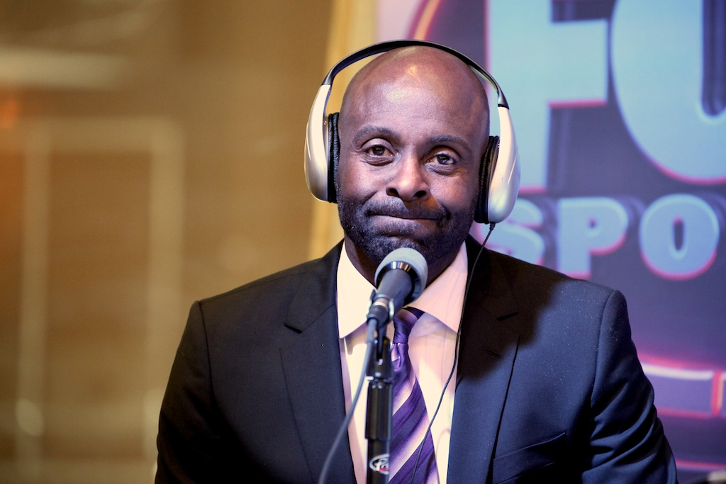 <div class='photo-info'><span class='counter'>38 of 73</span>Posted Feb 04, 2011</div><div class='photo-title'>Jerry Rice</div><div class='photo-body'>NFL Super Bowl Media Center pics from Friday Feb 4th 2011</div>