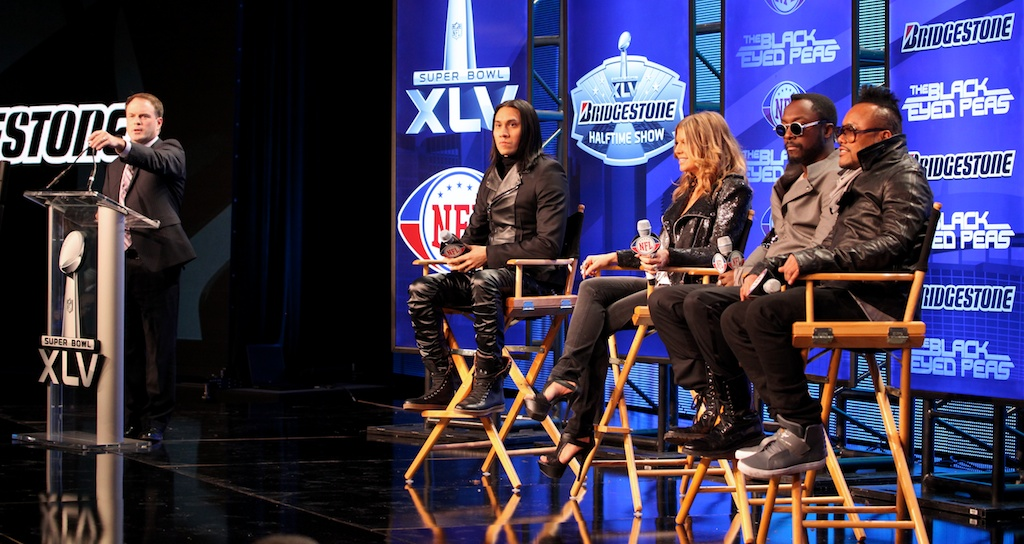 <div class='photo-info'><span class='counter'>42 of 73</span>Posted Feb 04, 2011</div><div class='photo-title'>Black Eyed Peas Press Conference</div><div class='photo-body'>NFL Super Bowl Media Center pics from Friday Feb 4th 2011</div>