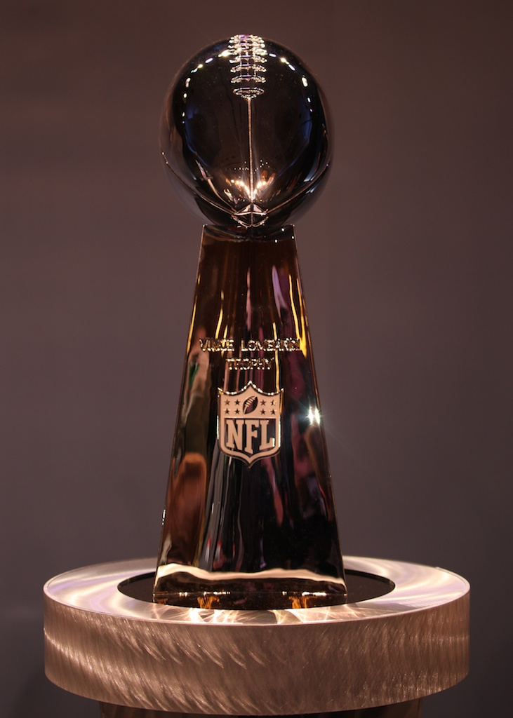 <div class='photo-info'><span class='counter'>48 of 73</span>Posted Feb 04, 2011</div><div class='photo-title'>The Lombardi Trophy</div><div class='photo-body'>NFL Super Bowl Media Center pics from Friday Feb 4th 2011</div>