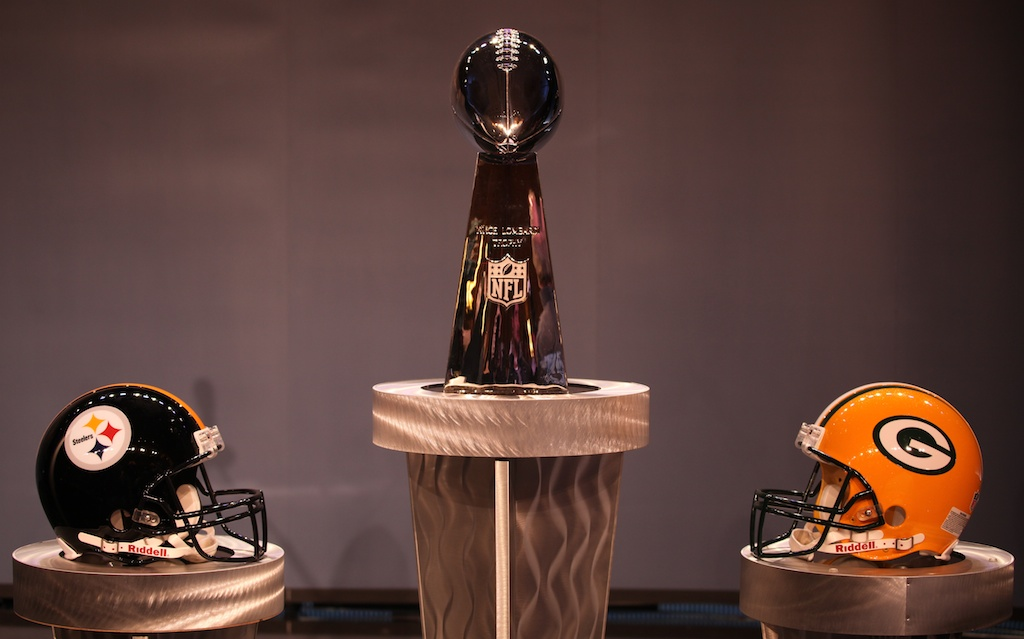 <div class='photo-info'><span class='counter'>52 of 73</span>Posted Feb 04, 2011</div><div class='photo-title'>The Prize</div><div class='photo-body'>NFL Super Bowl Media Center pics from Friday Feb 4th 2011</div>