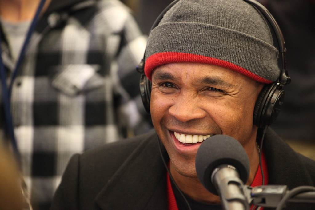 <div class='photo-info'><span class='counter'>69 of 73</span>Posted Feb 04, 2011</div><div class='photo-title'>Sugar Ray Leonard</div><div class='photo-body'>NFL Super Bowl Media Center pics from Friday Feb 4th 2011</div>