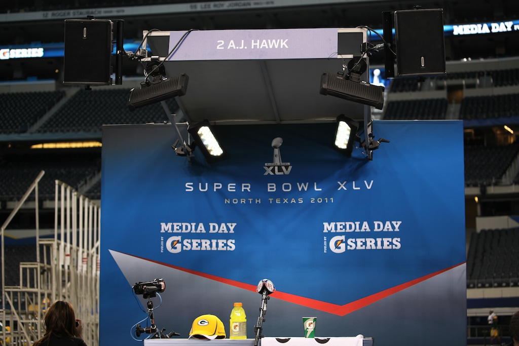 <div class='photo-info'><span class='counter'>39 of 136</span>Posted Feb 01, 2011</div><div class='photo-title'>Superbowl Packers MediaDay 192</div><div class='photo-body'>Superbowl Media Day with the Green Bay Packers. Tuesday Feb 1st 2011</div>