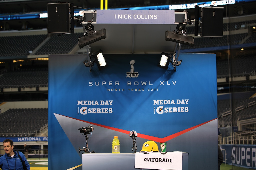 <div class='photo-info'><span class='counter'>39 of 136</span>Posted Feb 01, 2011</div><div class='photo-title'>Superbowl Packers MediaDay 193</div><div class='photo-body'>Superbowl Media Day with the Green Bay Packers. Tuesday Feb 1st 2011</div>