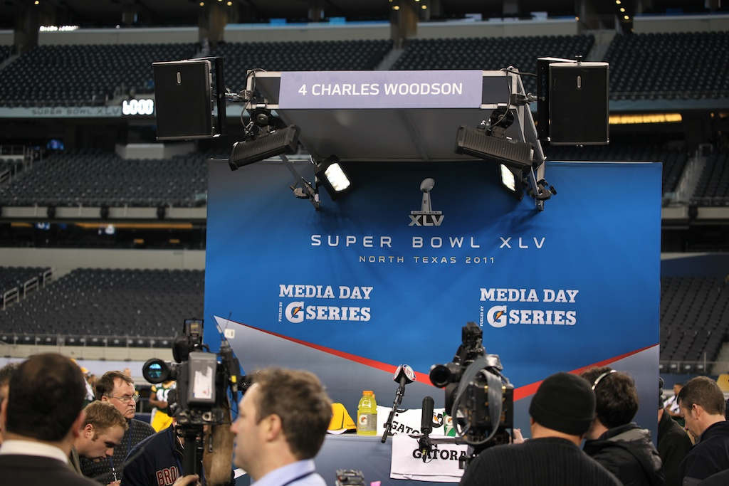 <div class='photo-info'><span class='counter'>43 of 136</span>Posted Feb 01, 2011</div><div class='photo-title'>Superbowl Packers MediaDay 196</div><div class='photo-body'>Superbowl Media Day with the Green Bay Packers. Tuesday Feb 1st 2011</div>
