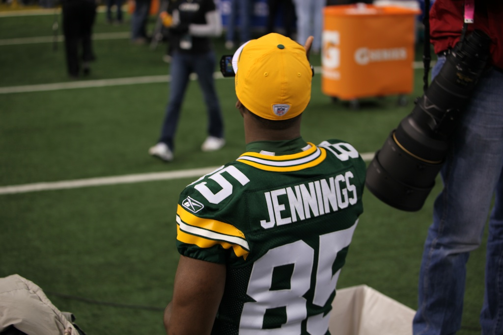 <div class='photo-info'><span class='counter'>51 of 136</span>Posted Feb 01, 2011</div><div class='photo-title'>Greg Jennings taking in Media Day</div><div class='photo-body'>Superbowl Media Day with the Green Bay Packers. Tuesday Feb 1st 2011</div>