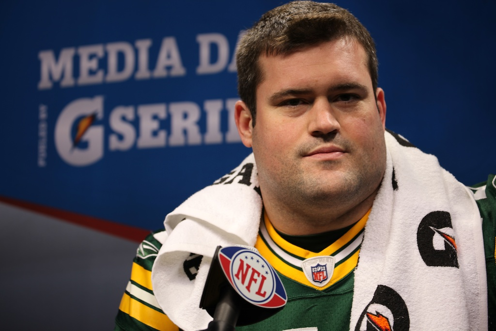 <div class='photo-info'><span class='counter'>56 of 136</span>Posted Feb 01, 2011</div><div class='photo-title'>Chad Clifton</div><div class='photo-body'>Superbowl Media Day with the Green Bay Packers. Tuesday Feb 1st 2011</div>