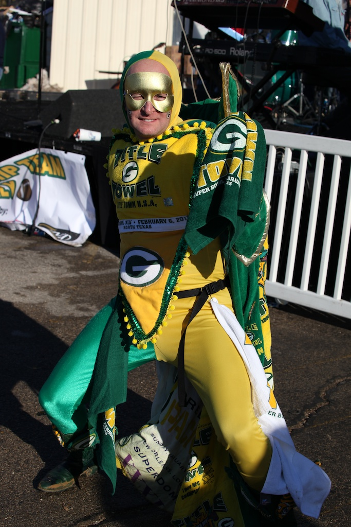 <div class='photo-info'><span class='counter'>14 of 22</span>Posted Feb 08, 2011</div><div class='photo-title'>Packer Fan Titletown Hero costume</div><div class='photo-body'>Outside at the Packer Pep Rally Saturday Feb 5th 2011</div>