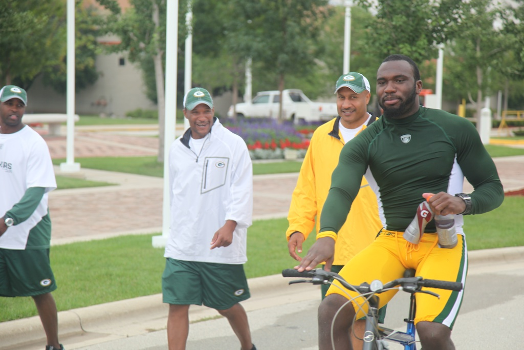 <div class='photo-info'><span class='counter'>36 of 54</span>Posted Aug 03, 2010</div><div class='photo-title'>Nick Collins</div><div class='photo-body'>Pro-Bowl safety Nick Collins rides by members of the coaching staff</div>