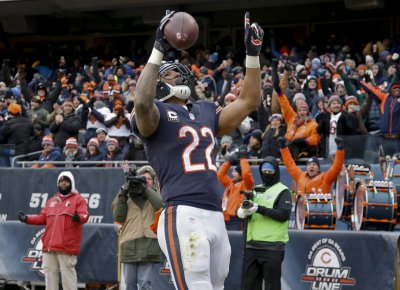 "Packers Reportedly ""Express Interest"" In Free Agent Running Back Matt Forte"