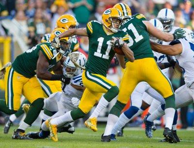 Packers Clip Eagles' Wings, Win Sloppy Preseason Opener