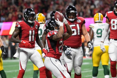 Packers 23 Falcons 34: Game Balls & Lame Calls