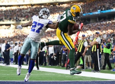 Packers 35  Cowboys 31: Game Balls & Lame Calls