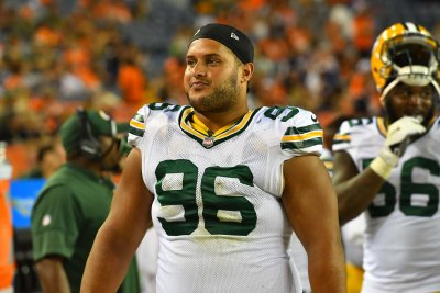 Packers tried to sign DT Brian Price off of Browns practice squad