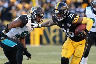 Media Still Won't Shut Up About Le'Veon Bell to Packers