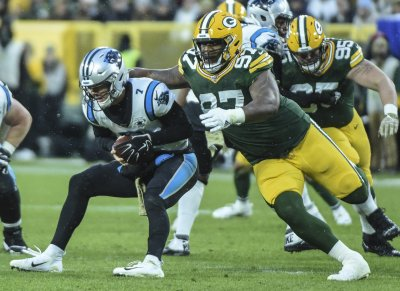 Packers 24 Panthers 16: Game Balls & Lame Calls