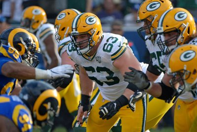 What Will the Packers Starting Offensive Line Look Like in 2020?