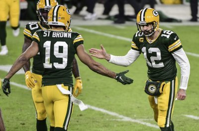 8 Quick Observations from Packers Dominant Win over Bears