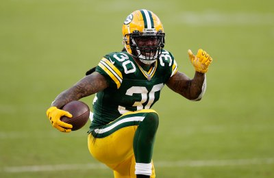Why It's Tough To See Aaron Jones and Jamaal Williams Heading to Free Agency
