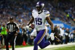 "Greg Jennings Looks to ""Reconcile"" with Packers Organization"
