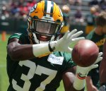 Packers rookie CBs take in allure of first training camp