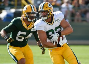 Packers Might Have a Tough Decision to Make on Carl Bradford